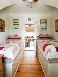 Houzz Bedrooms Traditional Bed For Small Bedroom Houzz