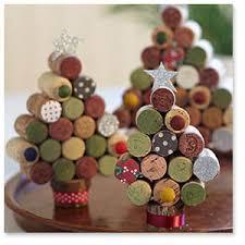 tappeto con tappi di sughero giocabosco creare con gnomi e fate idee con tappi in sughero