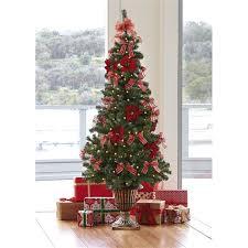 pre decorated tree pre