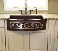 Farm Sink With Backsplash by Best 25 Copper Kitchen Sinks Ideas On Pinterest Copper Sinks