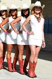 pretty cowgirls