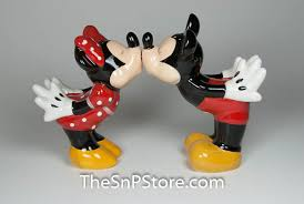 funny salt and pepper shakers the salt and pepper shaker store home