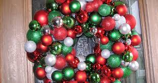 seweet creations ornament wreath tutorial