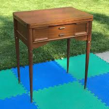 Singer Sewing Machine With Cabinet by Best 25 Midcentury Sewing Machines Ideas On Pinterest