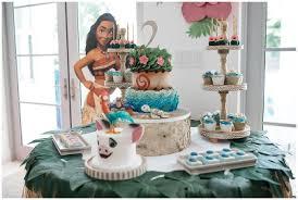 custom birthday cakes miami s custom birthday cakes temptations