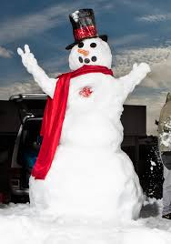 obsessed building enormous snowmen with the boss of frost wired