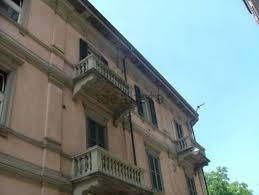 appartamenti in vendita varese centro appartamento su due piani in vendita in via indipendenza 7