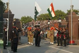 Flag Of Pakistan Pic Wagah Border Ceremony Photo Gallery