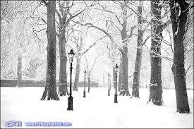 snow at xmas in london england black and white london xmas