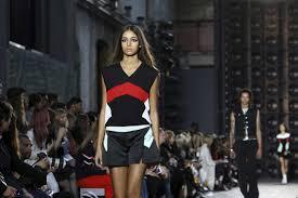 Brandname News Collections Fashion Shows by Armani Versace Add Italian Glitz To London Fashion Week Tampa Fl