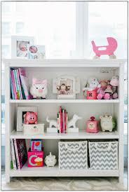 etagere chambre bebe étagère murale chambre bébé idées de décoration à la maison