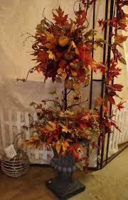 halloween ideas decorating outside best 20 fall topiaries ideas on pinterest pumpkin topiary urn