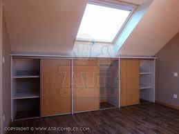 faire un placard dans une chambre comment faire un placard sous pente armoire pour chambre mansarde