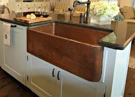farmhouse style kitchen sinks love everything about this farmhouse