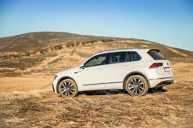 volkswagen tiguan white 2017 volkswagen tiguan 2 0 tdi highline 4motion dsg 2017 quick review
