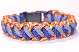 paracord bracelet youtube images Make the 39 modified curling millipede 39 paracord survival bracelet jpg