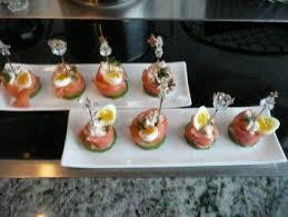 gruß aus der küche fingerfood tapas fisch lachsröllchen rezept kochbar de