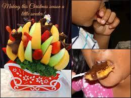 christmas fruit arrangements a christmas hostess gift from edible arrangements giveaway