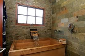 japanisches badezimmer japanische badewanne 25 originelle designs archzine net