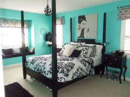 bedroom decorating ideas with black furniture light brown wooden