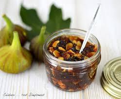 cuisiner les figues confiture figues amandes cuisiner tout simplement le de