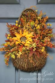 Thanksgiving Outdoor Decorations by 18 Best Front Door Fall Decorations Images On Pinterest Fall