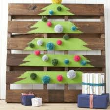 Homemade Christmas Decorations For The Home 12 Fun Family Christmas Party Ideas Holiday Party Food And Decor