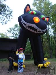 Giant Outdoor Halloween Decorations by The Creative Fantastic Inflatable Halloween Decorations The