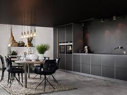 k che sockelblende sockelblende küche grau korpusfarbe matt schwarze fronten home