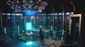 Tardis Interior Door Sciencey Wiencey The Tardis Bigger On The Inside Doctor Who Tv