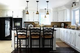 teindre armoire de cuisine peinturer des armoires pour transformer une cuisine colobar