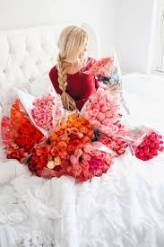 Dozen Of Roses Bed Of Roses By Blogger Amber Fillerup Clark Pink Pinterest