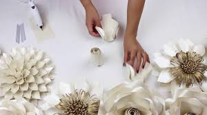 wedding backdrop flowers diy paper tutorial my wedding backdrop flowers