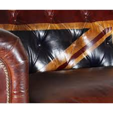 canap chesterfield cuir un grand canapé chesterfield cuir marron monachatdeco com