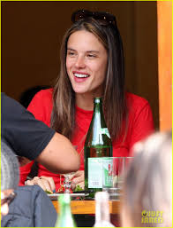 Top Bar Songs Alessandra Ambrosio Shares Her Top 5 Spring Songs Photo 2638726