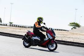 yamaha nmax 125 2015 on review mcn