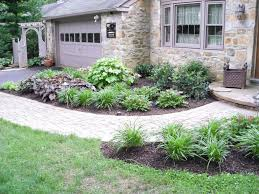 Landscaping Ideas For Front Of House by Landscaping Ideas For Front Of House Full Sun With Simple Small