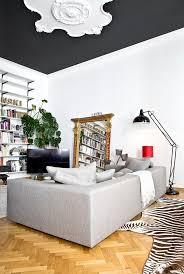 Tisch Im Wohnzimmer Die Besten 25 Zebra Wohnzimmer Ideen Auf Pinterest
