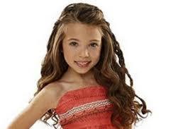 Parent Blogger Claims Little Girls Dressing Up As Disney U0027s Moana