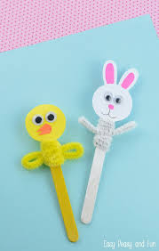 Easter Decorations Chicks by Best 25 Easter Crafts Ideas On Pinterest Easter Crafts For Kids