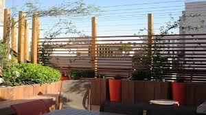 par vue de jardin comment protéger jardin du vis à vis