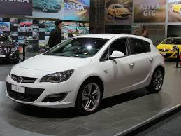 file 2012 opel astra as sport 5 door hatchback 2012 10 26 01