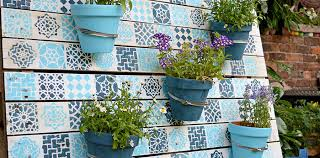 How To Make Planters by How To Make A Beautiful Painted Wood Pallet Planter Pillar Box Blue