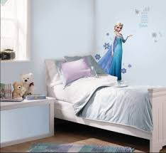 bedroom disney frozen wall mural elsa kids room decorating ideas full size of frozen bedroom ideas gray bedding pillows modern pendant lighting wall art mounted nightstand