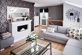 salon canap gris design interieur idée déco salon canapé gris papier peint marron