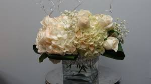 Square Vase Flower Arrangements How To Make A Low Wedding Centrepiece With Roses And Hydrandeas