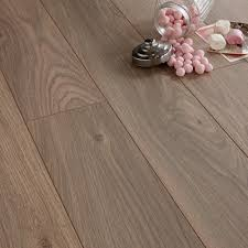 Pink Laminate Flooring Arpeggio Natural Heritage Oak Effect Laminate Flooring 1 85 M