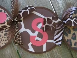 animal print baby shower decorations it u0027s a baby shower