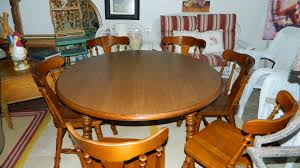 Maple Dining Room Sets The Old Attic New Arrival Beautiful 7 Ps Round Maple Dining Table