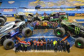 blue thunder monster truck videos more monster jam 2015 monster trucks wiki fandom powered by